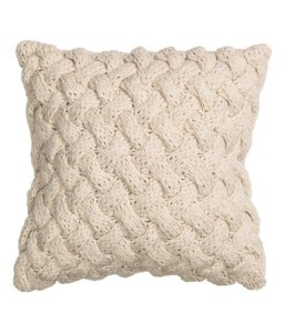HM cable knit cushion